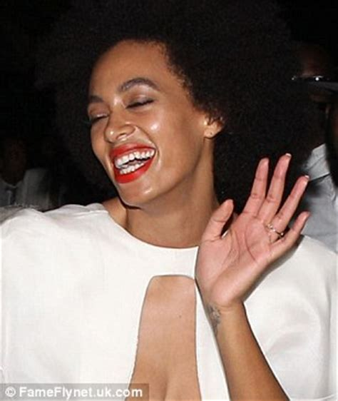 Were Solange's wedding day hives the result of being too