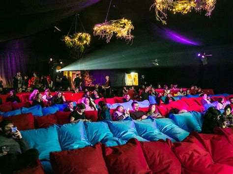backyard cinema backyard cinema mercato metropolitano film in london