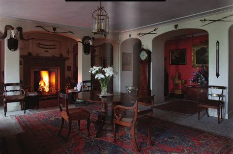 scottish homes and interiors hton hostess the scottish country house book review