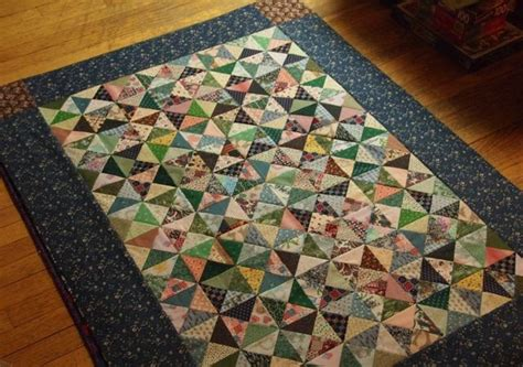 Quarter Square Triangle Quilt by Quiltwrapup Quarter Square Triangle Top