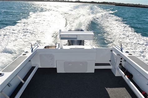 boats wangara razerline 7 6 m trailer boats boats online for sale