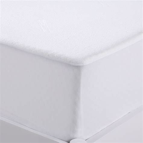 Mattress Protector Material by Dreamaker Coolmax Fabric Single Mattress Protector Buy