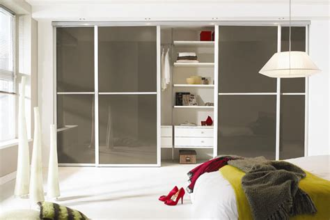 room wardrobe work your wardrobe home decorating tips ideas bedroom