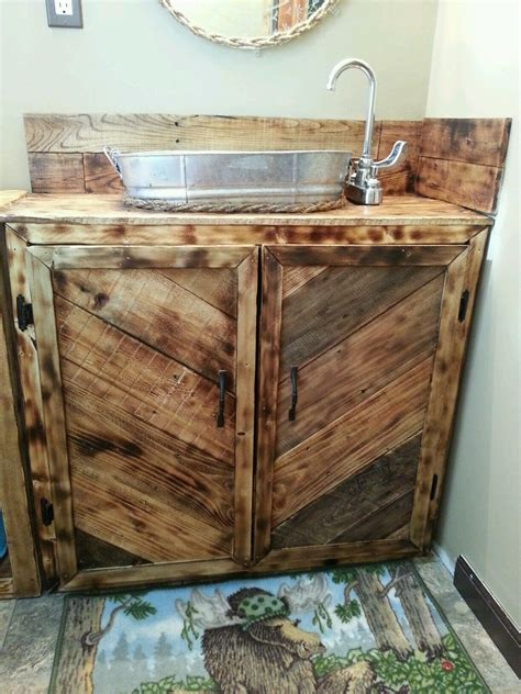 Pallet Bathroom Vanity I Could Create Something Like This From The Existing Paneling Bathrooms Pinterest Pallet