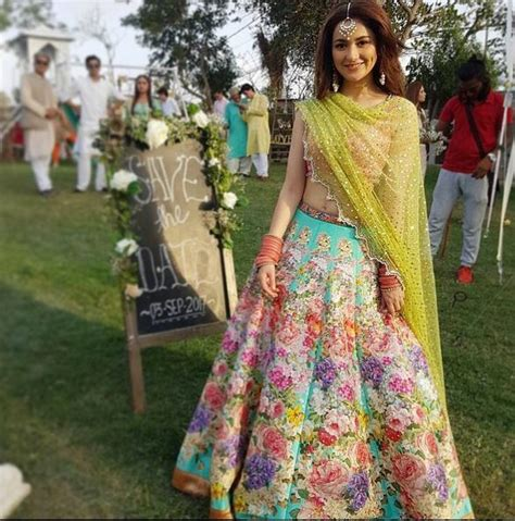 Hania Set lollywood hania amir new shoot on set