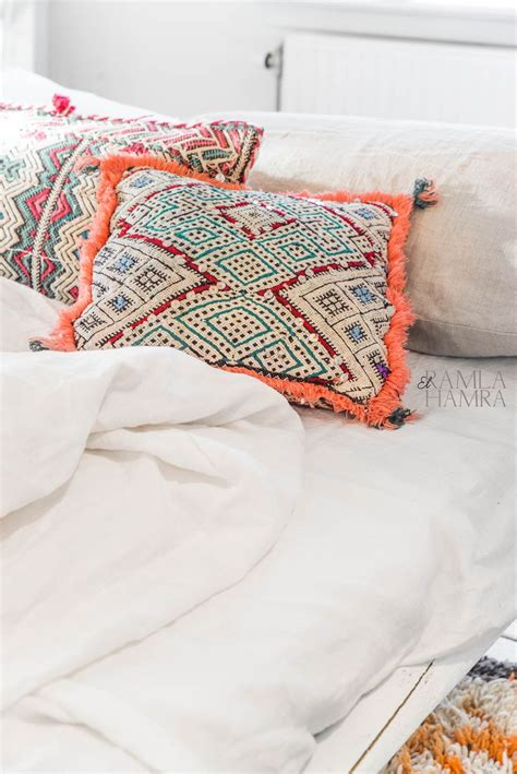 moroccan throw pillows interior design ideas 25 best ideas about bright pillows on pinterest cheap
