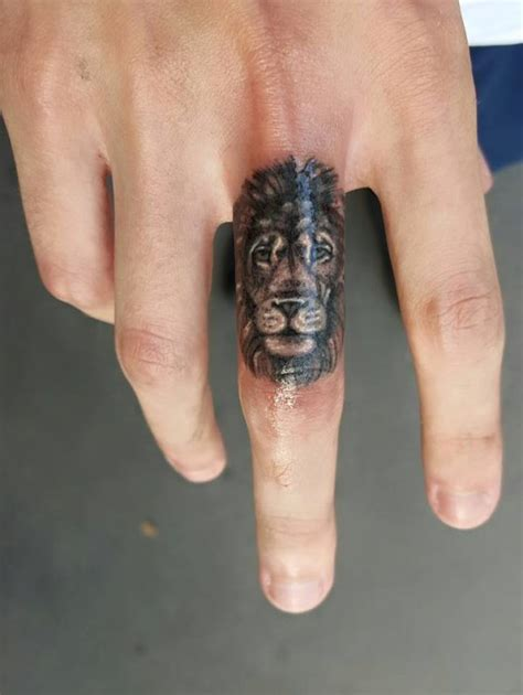 black lion tattoo designs 18 impressive tattoos for fingers