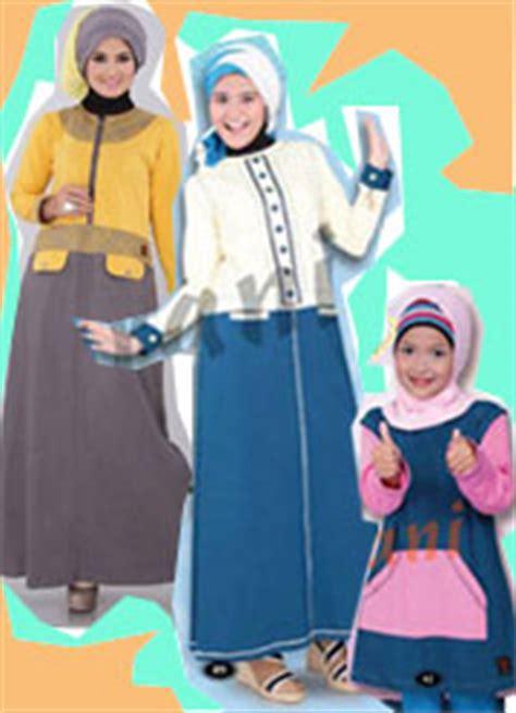 belanja produk busana baju muslim jilbab wanita kaos muslimah baju muslim poeti foto gambar baju muslim