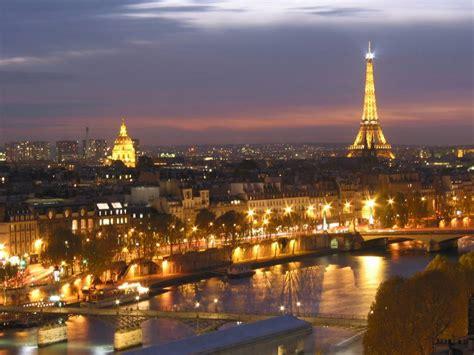 Parigi, hotel low cost: tutte le info per dormire ... Lotto Endo