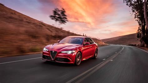 2017 wallpapers hd wallpapers id 2017 alfa romeo giulia quadrifoglio wallpaper hd car