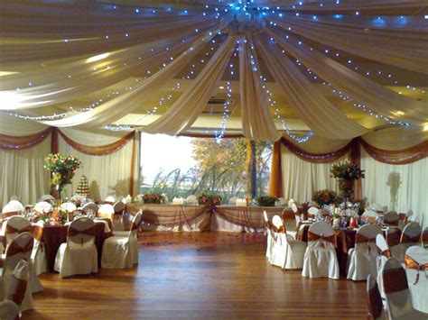 Big Wedding Decorations by Decor A Top Wedding Trend Rubansrouge