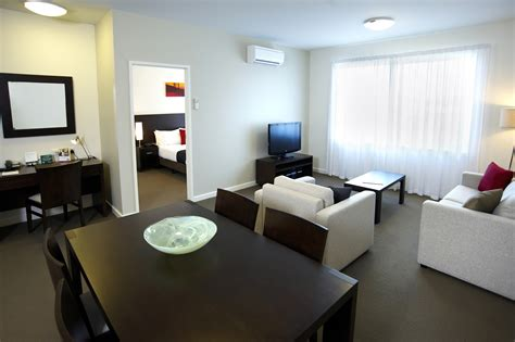 one bedroom apartment accommodation in mawson lakes serviced apartments