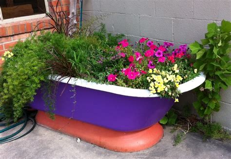 Garden Tubs And Planters by 22 Ideas How To Turn Things Into Beautiful
