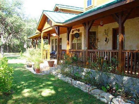 texas hill country porch hill country style homes pin by shawna palowski on porches pinterest