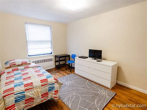 new york roommate room for rent in jackson heights