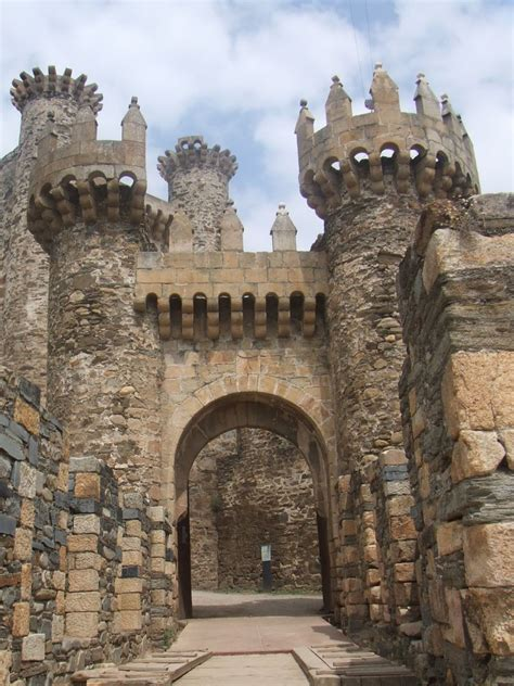 Templar Castle Click To See Full Size Traveltime