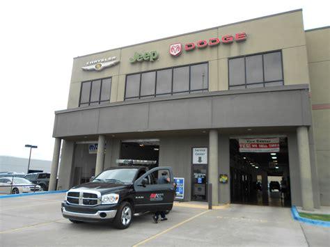 Jeep Dealerships In Oklahoma Bob Howard Chrysler Jeep Dodge Ram In Oklahoma City Ok