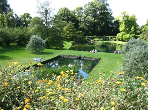 file dyrham park garden ponds from east jpg wikimedia
