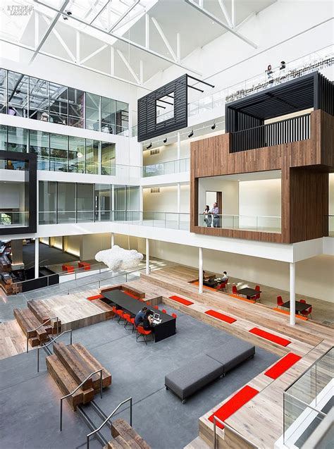 25 best ideas about office lobby on reception