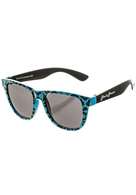 patterned sunglasses from dc comics