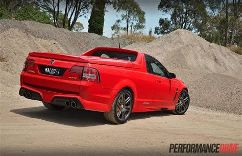 holden maloo gts 2015 hsv gts maloo gen f review video performancedrive