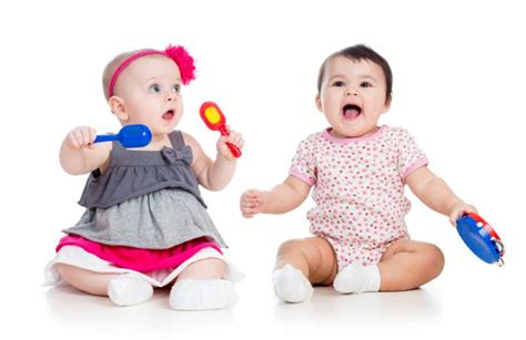 baby play seattle exposure benefits babies brains