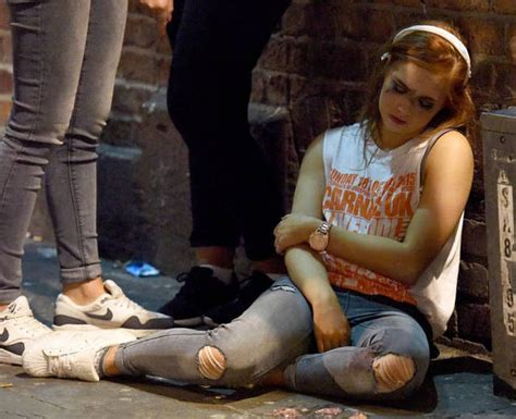 british students  drunk  run wild   streets fun