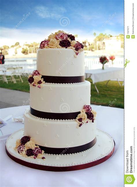 beautiful wedding cake stock image image  romance