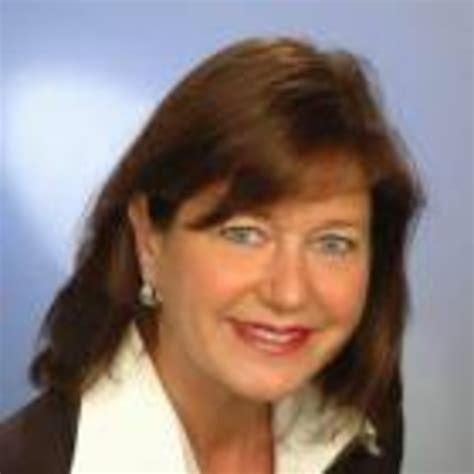 Gudrun Brinkmann Leiterin Investment Und Finanzcenter