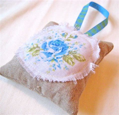 pattern for heart shaped lavender bags 270 best images about linen and lace on pinterest heart