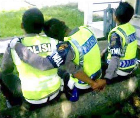 film lucu polisi 10 aksi polisi narsis gokil dan lucu otosia com