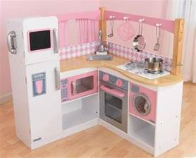 5 gourmet play kitchens for gift suggestion 13