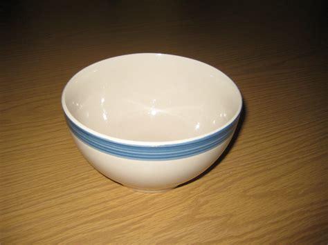 ceramic bowls file simple ceramic bowl jpg wikimedia commons