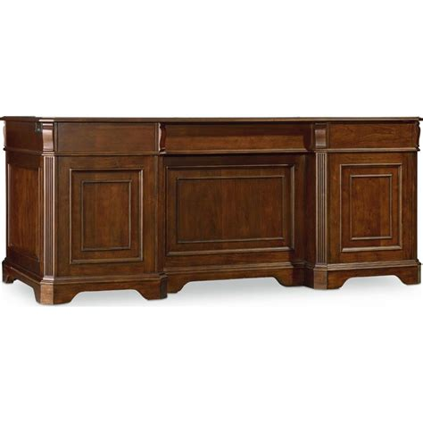 hooker furniture brookhaven executive desk in cherry 281