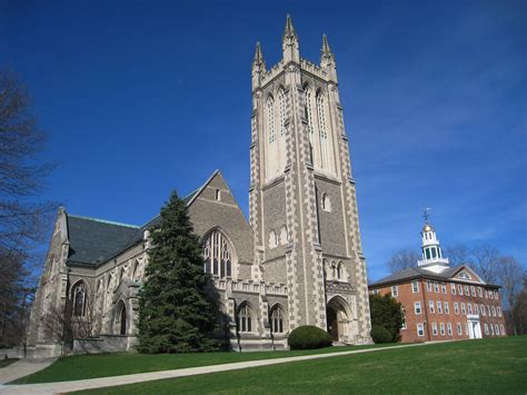 Lovely Trinity Christian Church #3: Williams_College_-_Thompson_Memorial_Chapel_exterior_view.JPG