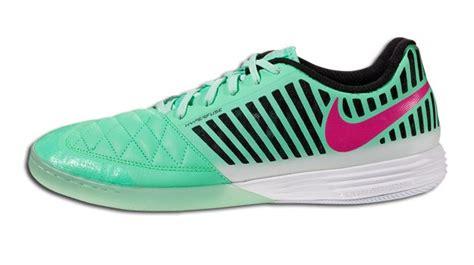 Sepatu Futsal Nike Fc247 Lunar Gato 7 sepatu futsal terbaik sepanjang tahun 2014 maskoolin