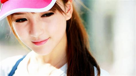 themes nice girl full hd wallpaper face close up smile cute desktop