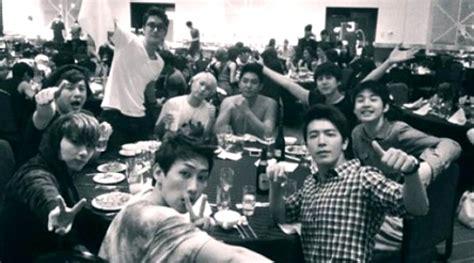 Sj Jung Malam foto junior makan rame rame usai konser sm town kabar berita artikel gossip