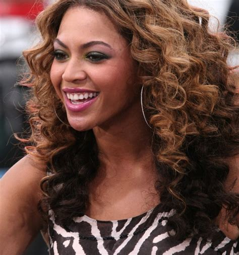 Beyonce Curly Hairstyles by Beyonce Knowles Curly Ombre Hairstyle Hairstyles Weekly