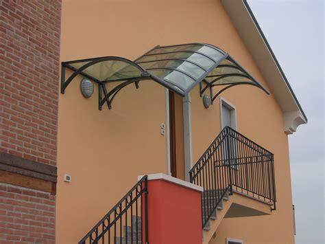 tettoie per scale esterne pensiline e tettoie su misura antipioggia e ombreggianti