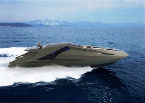 Lamborghini Boot by 在海裡跑的藍寶堅尼 遊艇 大人物