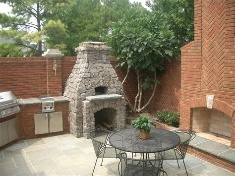 Outdoor Fireplace With Pizza Oven Plans by Outdoor Fireplace Fireplaces Outdoor Kitchen Plans Pizza Oven Kits