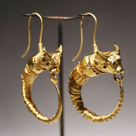 ancient jewelry 330 best ancient jewelry images on