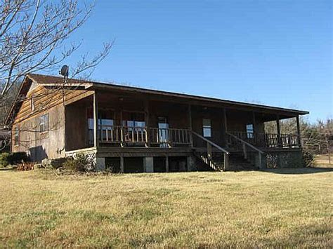 home in town for sale in yellville ar mountain and ski 1932 mc 5040 yellville ar 72687 reo home details
