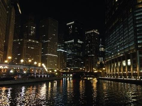 evening boat rides in chicago jewelers building picture of wendella sightseeing boats