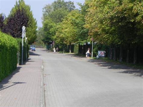Britzer Garten Sangerhauser Weg by Sangerhauser Weg Britzer Garten Tennisanlagen