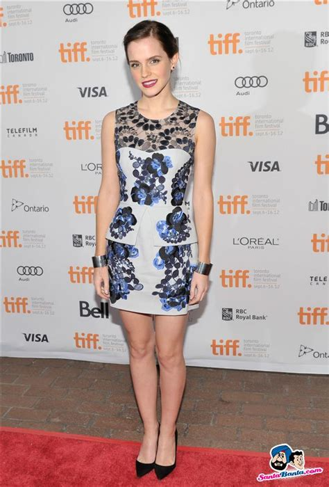 emma watson toronto film festival emma watson poses at the gala presentation for the film