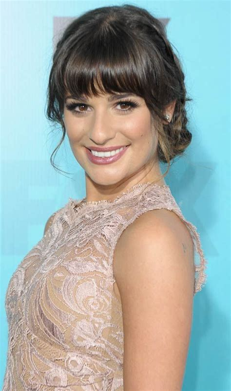 Wedding Hairstyles With Bangs And Braids by 200 Best Images About Rosa On Coiffures
