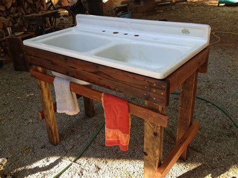outdoor sink   repurposed wood  sink