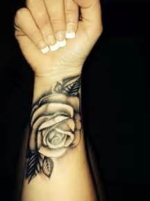 52 elegant rose wrist tattoos